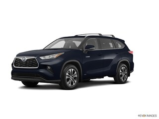 New 2020 Toyota Highlander Hybrid XLE SUV for sale near you in Wellesley, MA