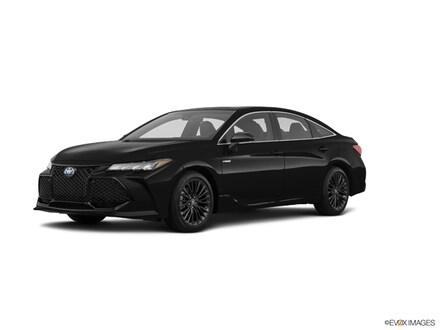 2021 Toyota Avalon Hybrid XSE Car