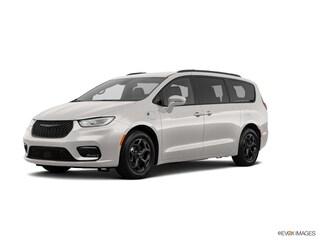 New 2021 Chrysler for sale in Washington, IN