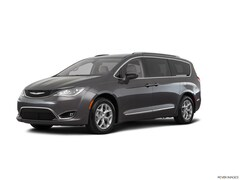 2017 Chrysler Pacifica Touring L Plus Minivan/Van