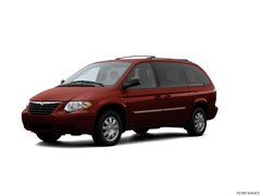 2007 Chrysler Town & Country Touring Mini-Van For sale in Alexandria MN, near Morris