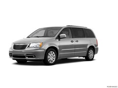 2011 Chrysler Town & Country Touring L Van; Extended