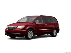 Bargain Used 2013 Chrysler Town & Country Touring-L Wagon 2C4RC1CG2DR692531 for sale in Effingham, IL