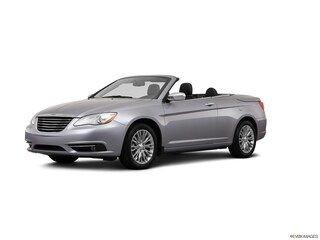 Pre-Owned 2013 Chrysler 200 Limited Convertible 1C3BCBFGXDN510207 for Sale in Lancaster, OH