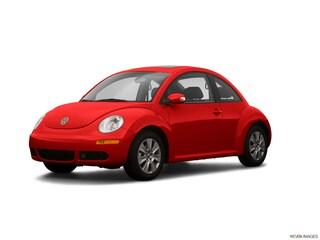 2009 Volkswagen New Beetle S Hatchback