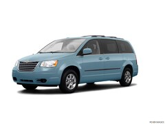 Used 2009 Chrysler Town & Country Touring Van for sale near San Antonio