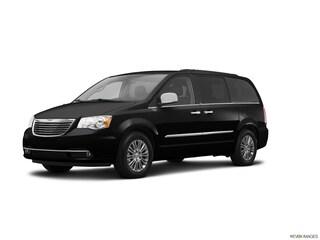 2014 Chrysler Town & Country 30th Anniversary Edition Minivan/Van