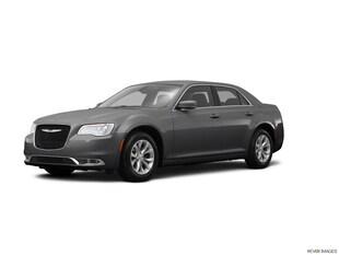 2015 Chrysler 300 Limited Car