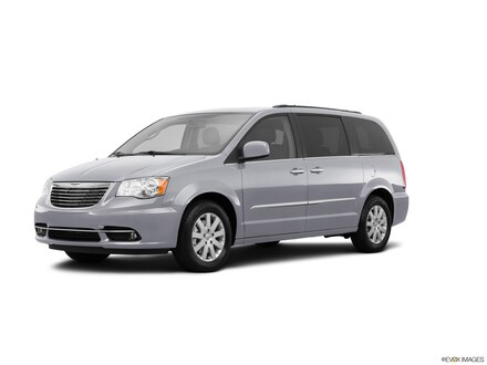 2015 Chrysler Town and Country Touring 4dr Mini Van Minivan