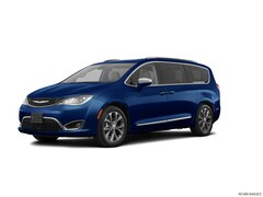 Certified Pre-Owned 2017 Chrysler Pacifica Limited Van in Danvers near Boston