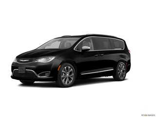 2017 Chrysler Pacifica Limited Limited FWD for sale in Amherst, NY