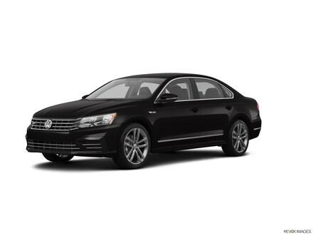 2017 Volkswagen Passat R-Line w/Comfort Pkg R-Line w/Comfort Pkg Auto