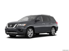 2018 Nissan Pathfinder SL SUV For Sale in Greenvale, NY