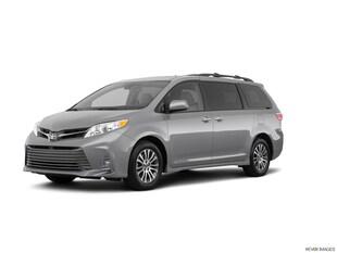 2018 Toyota Sienna XLE AWD 7-Passenger Mini-van, Passenger