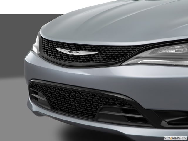 New Chrysler 200s available in Brigham City, UT at Heritage of Brigham City