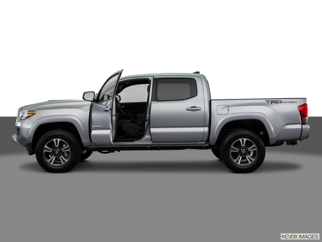 2016 Toyota Tacoma TRD Sport w/ Entune Prem Audio Bluetooth & Backup Truck Access Cab