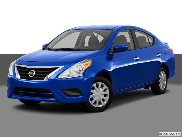2016 Nissan Versa 1.6 SV Sedan