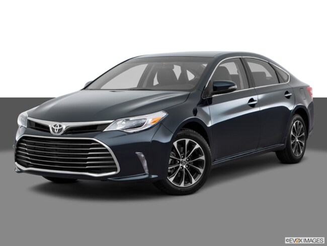 Used 2016 Toyota Avalon XLE in Appleton