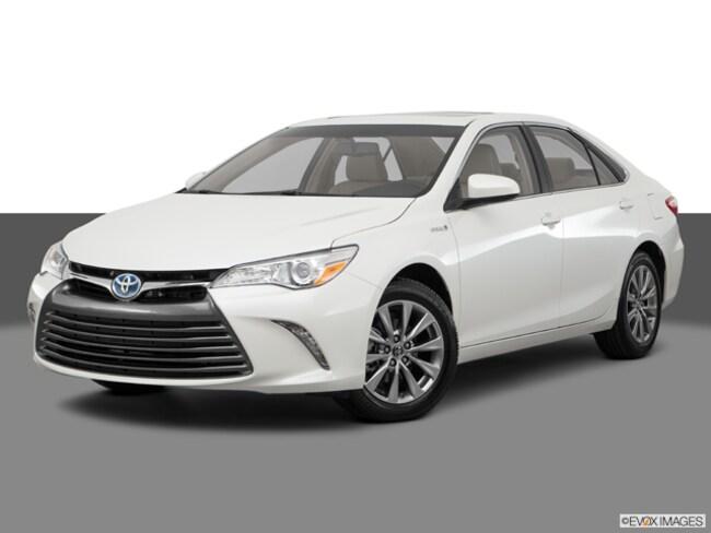 New 2017 Toyota Camry Hybrid XLE Sedan Cockeysville