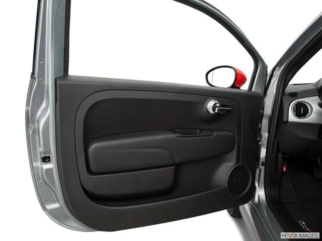 2017 FIAT 500e Hatchback