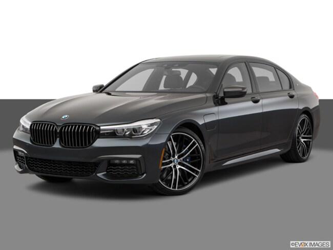 2017 BMW 7 Series 740e xDrive iPerformance Plug-In Hybrid