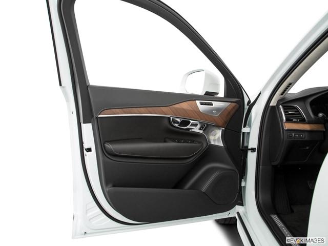 2017 Volvo XC90 Hybrid SUV