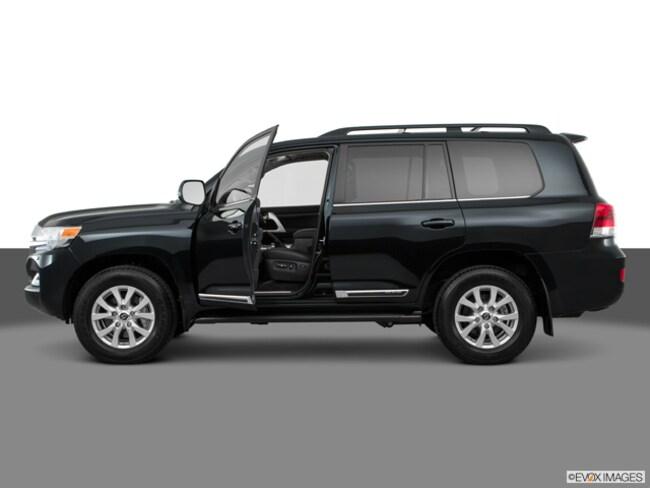 2018 Toyota Land Cruiser V8 SUV