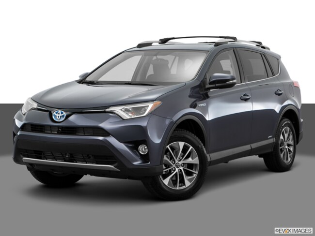 New 2018 Toyota RAV4 Hybrid XLE SUV for sale in the Brunswick, OH
