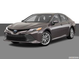New 2018 Toyota Camry Hybrid XLE Sedan serving Baltimore