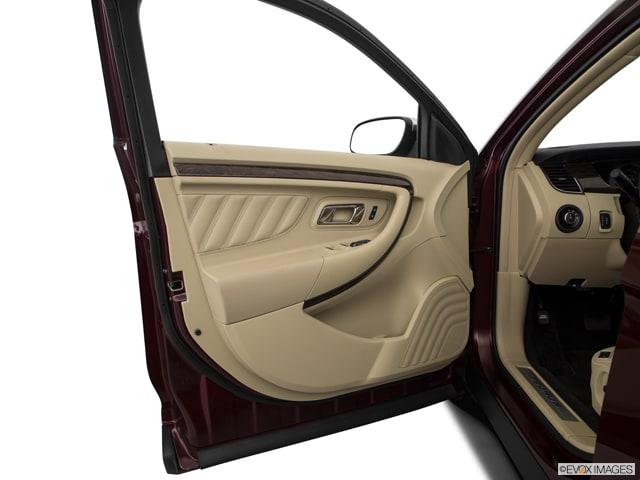 2018 Ford Taurus Sedan