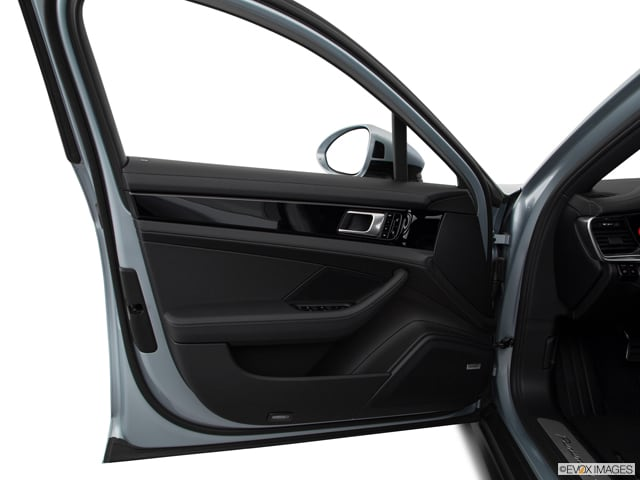 2018 Porsche Panamera E-Hybrid Sedan