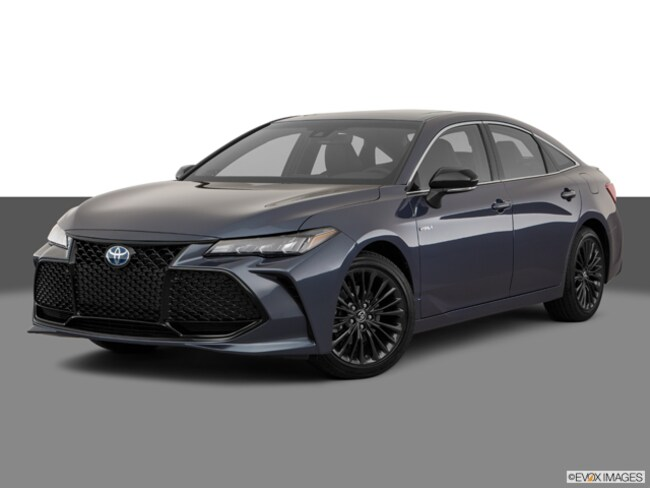 New 2019 Toyota Avalon Hybrid XSE Sedan in Maumee, OH