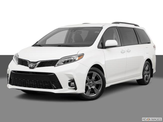 2019 Toyota Sienna SE 7 Passenger Van