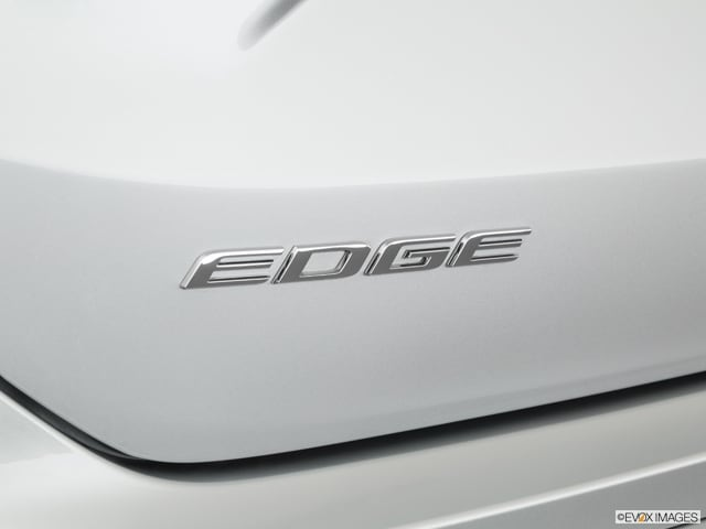 2019 Ford Edge Badge