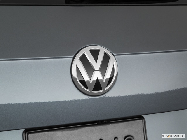 VW Tiguan Badge