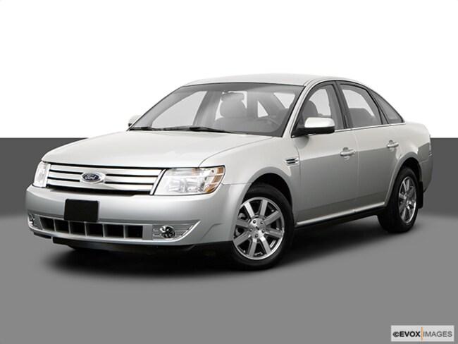2009 Ford Taurus SEL Sedan
