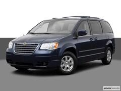 2009 Chrysler Town & Country Touring Van