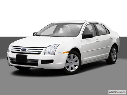 Featured Used 2009 Ford Fusion S I4 Sedan for sale in Mt. Pleasant, MI
