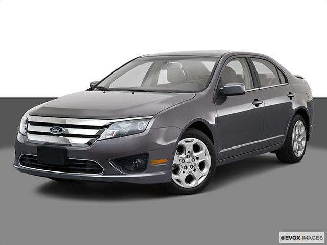 2010 Ford Fusion SE FWD Sedan 4 Cyl.
