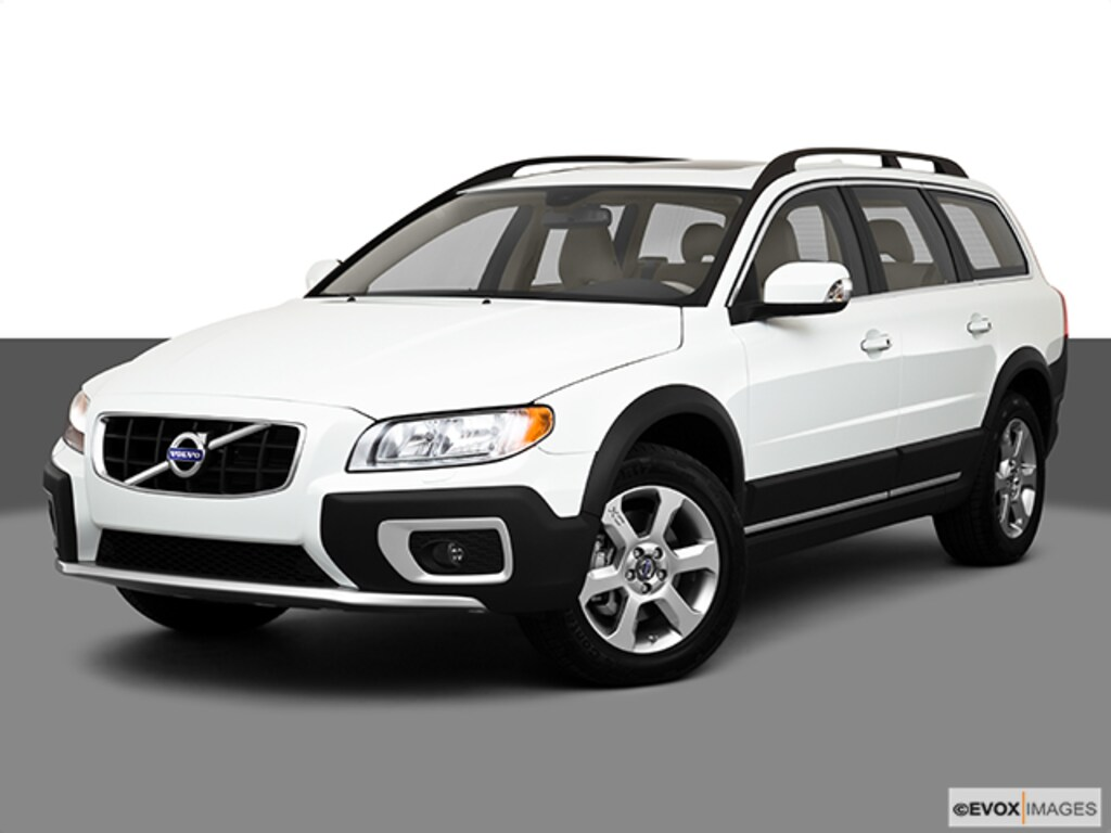 Used 2010 Volvo XC70 3 0T For Sale in New London