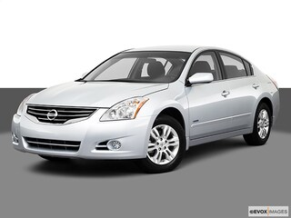 Used 2010 Nissan Altima Hybrid Base Sedan for sale in St James, NY at Smithtown Nissan