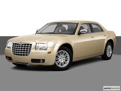 2010 Chrysler 300 Touring/Signature/Executive Series Sedan