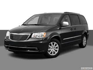 Used 2011 Chrysler Town & Country Touring-L Minivan/Van 2A4RR8DG2BR703847 under $10,000 for Sale in Alexandria, VA