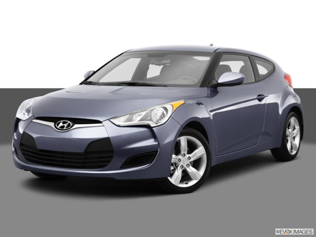 Used 2013 Hyundai Veloster Base w/Black Hatchback for Sale in Santa Maria, CA