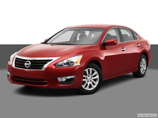 Used Vehicles for sale 2013 Nissan Altima I4 2.5 Sedan in Des Moines, IA