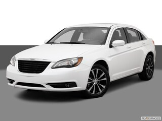 Used 2013 Chrysler 200 Limited Sedan under $12,000 for Sale in Dayton, OH