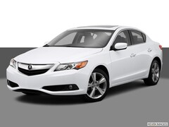 2014 Acura ILX ILX 5-Speed Automatic with Technology Package Sedan