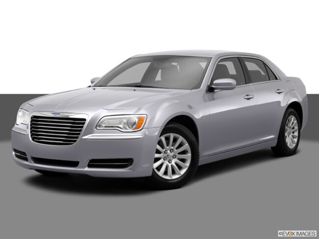 Used 2014 Chrysler 300 For Sale | Oxford MS | 2C3CCAAG1EH175810