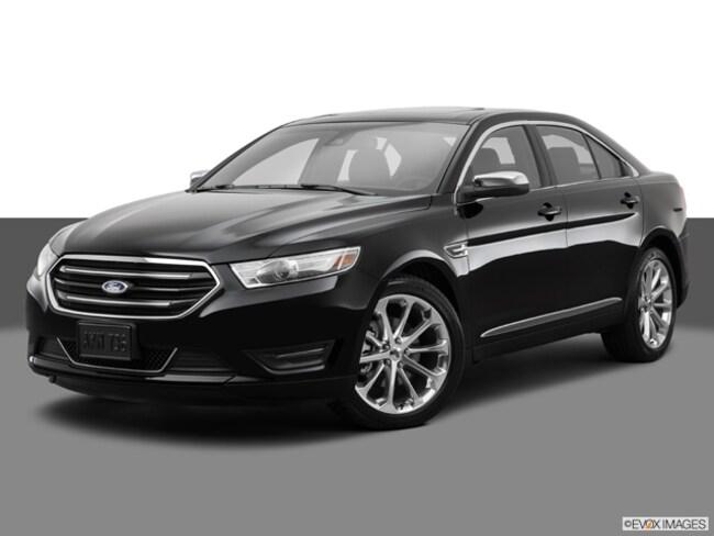 2014 Ford Taurus 4D Sedan