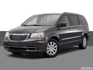 Pre-Owned 2015 Chrysler Town & Country Touring Wagon 2C4RC1BGXFR532837 for Sale in Lancaster, OH